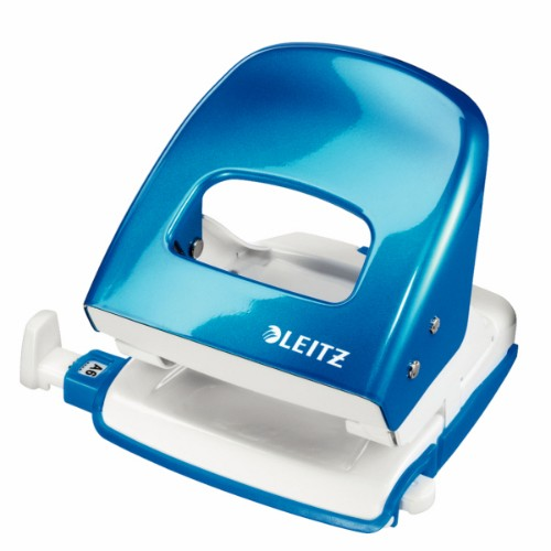 Leitz WOW 5008 hole punch 30 sheets Blue