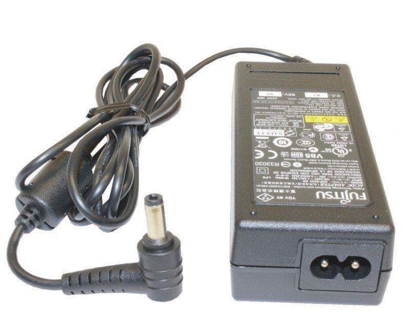 Fujitsu S26113-E557-V55-1 power adapter/inverter Indoor 65 W Black