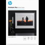 HP Premium Plus Glossy Photo Paper-20 sht/A3/297 x 420 mm