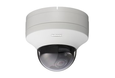 Sony SNC-DS10 Mini-Dome 3.6x Zoom, PoE, MPEG-4/JPEG IP Camera 768 x 576pixels
