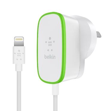 Belkin F8J204BG06-WHT Indoor White mobile device charger