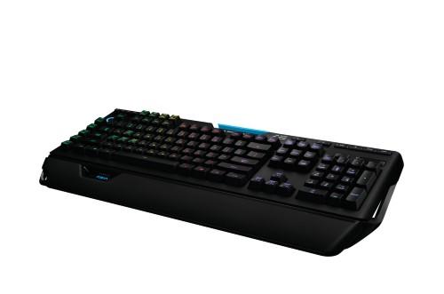 Logitech G910 keyboard USB QWERTZ German Black