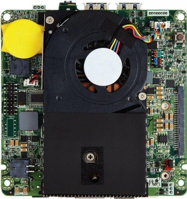 Intel BLKNUC5I3MYBE Motherboard BGA 1168 UCFF