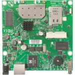 Mikrotik RouterBOARD 912UAG with 600Mhz Atheros CPU, 64MB RAM, 1xGigabit LAN, USB, miniPCIe, built-in 5Ghz 80