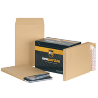 New Guardian Envelopes Heavyweight Peel & Seal Gusset 25mm 130gsm Manilla 350x248mm Ref M29066 [Pack 100]