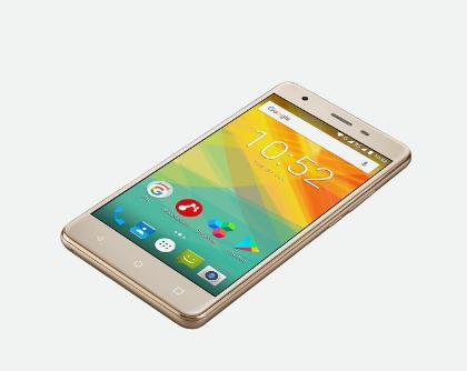"Prestigio Muze H3 14 cm (5.5"") 1 GB 8 GB Dual SIM 3G Micro-USB Gold Android 7.0 2900 mAh"