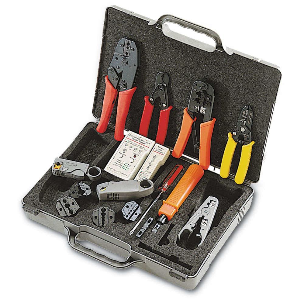 C2G 81136 mechanics tool set