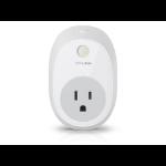 TP-LINK HS100 smart plug 1800 W White