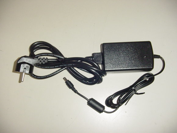 Elo Touch Solution E571601 adaptador e inversor de corriente Interior 50 W Negro