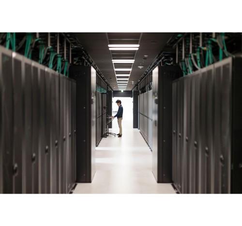 Aruba, a Hewlett Packard Enterprise company JW118A power cable Black 1.8 m C13 coupler CEE7/7