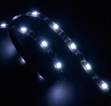 Akasa Vegas White LED bulb