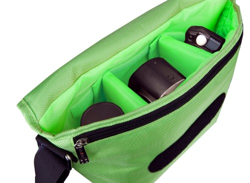 Urban Factory BCR10UF camera case Green