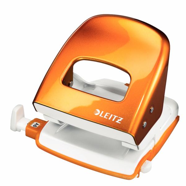 Leitz WOW 5008 hole punch 30 sheets Orange