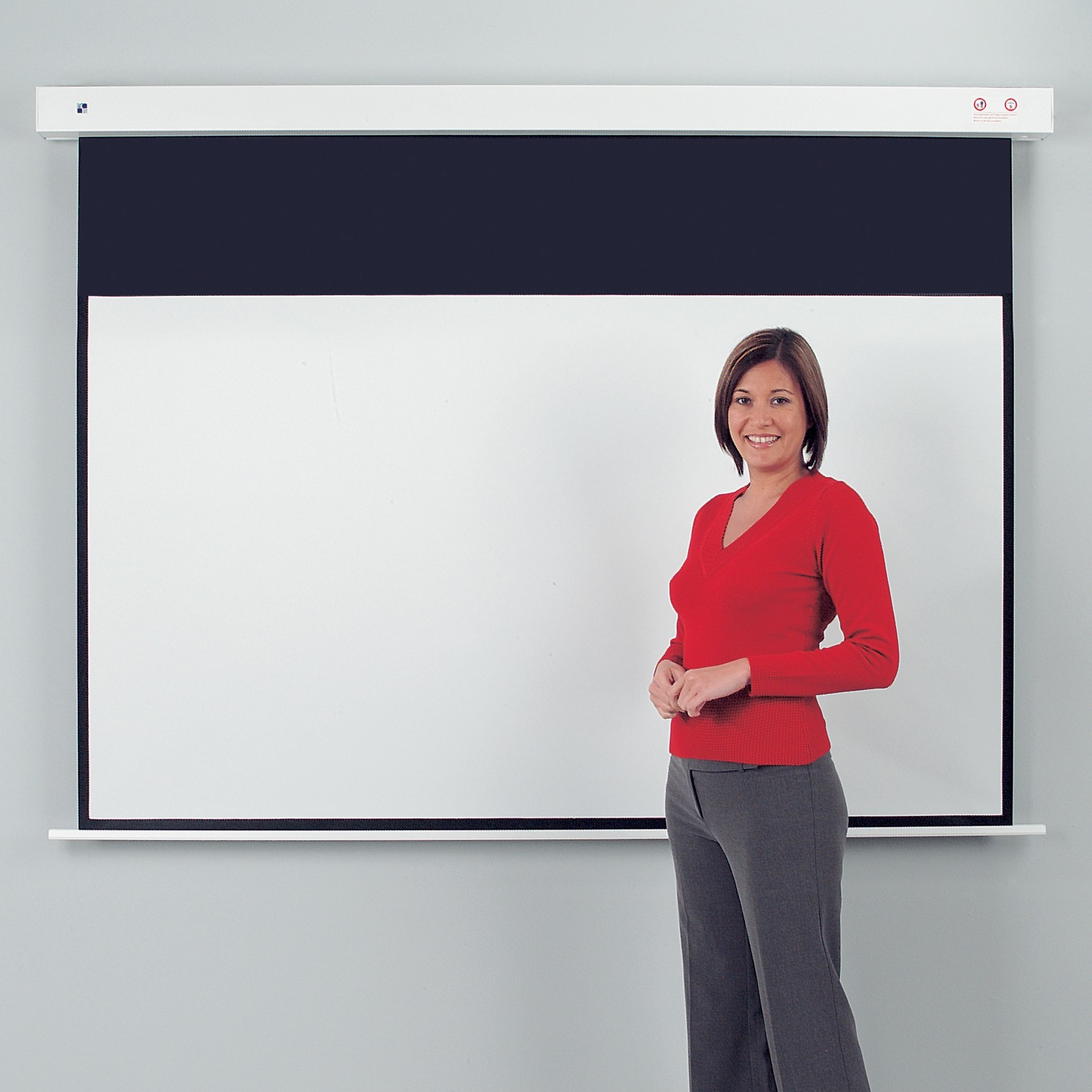 Metroplan Eyeline Rollfix Heavy Duty projection screen 16:10