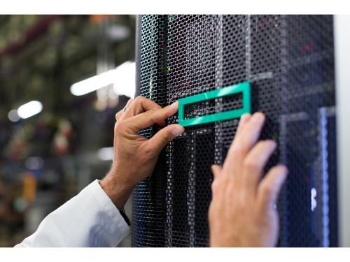 Hewlett Packard Enterprise HPE DL38X Gen10 2SFF Premium HDD Front NVMe slot expander