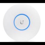 Ubiquiti Networks UAP-AC-LR wireless access point 1000 Mbit/s White