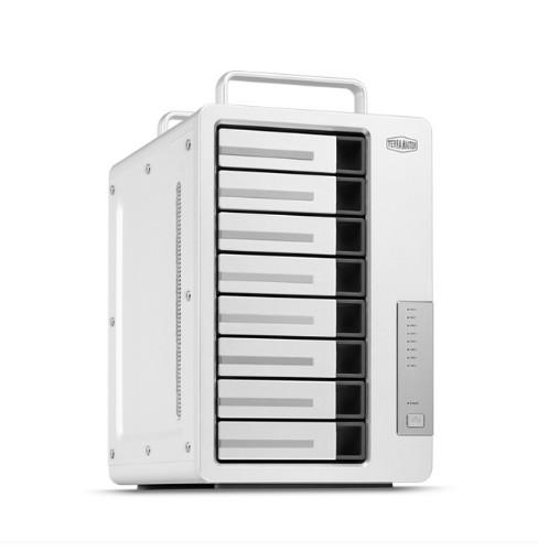 TerraMaster D8 Thunderbolt 3 disk array 80 TB Desktop Aluminium